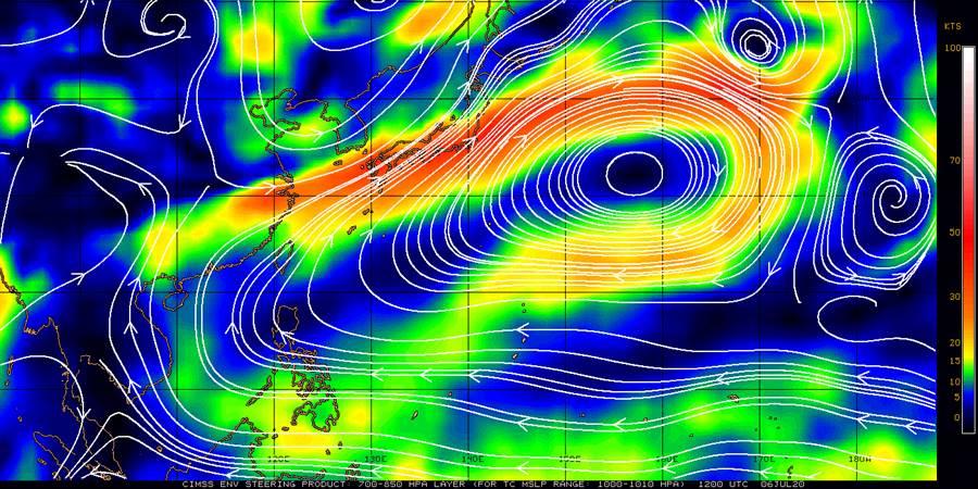 未來一周天氣依舊炎熱,氣象局長鄭明典透過CIMSS觀察更更指出,強勢的高壓讓菲律賓東方的熱帶海域也受影響。(摘自CIMSS)