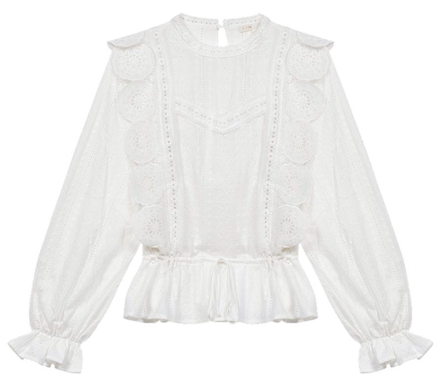Maje蕾絲花瓣袖上衣,9050元。(Maje提供)