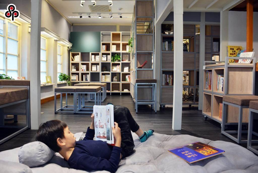12年國教課綱強調培養孩子的閱讀素養。(本報資料照片)