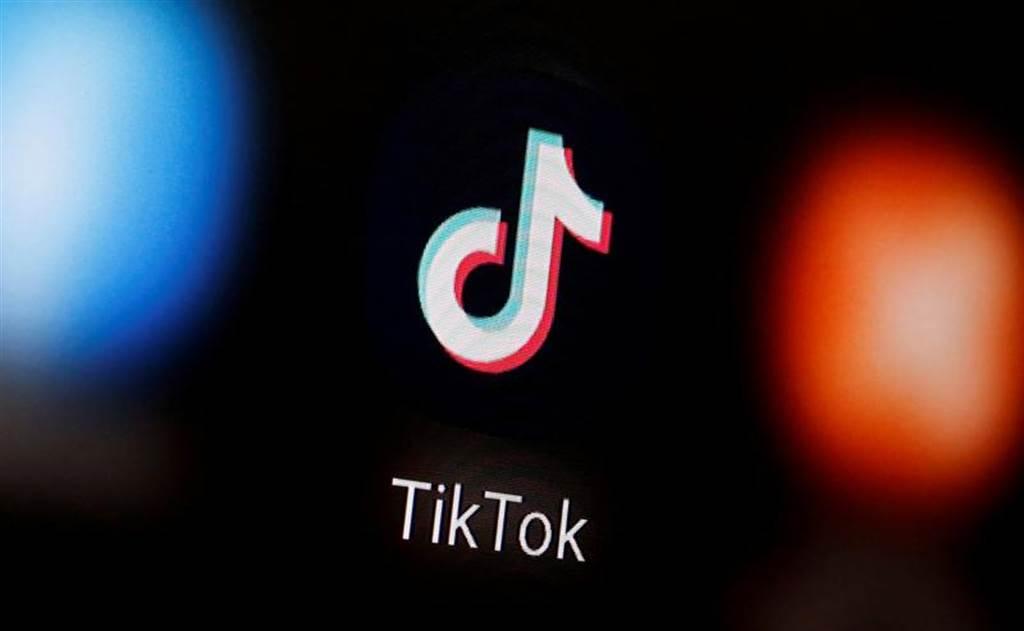 美國國務卿蓬佩奧(Mike Pompeo)周一說,華府正十分認真考慮禁止使用抖音短視頻(TikTok)等大陸應用程式。(路透)