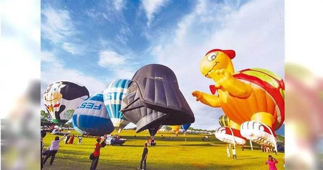 熱氣球嘉年華即將在11日登場,台東鄉親入園費有優惠好康。(圖/莊哲權攝)