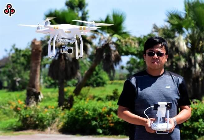 圖為無人機操作情況。(圖/本報資料照)