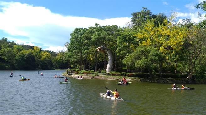 鼓勵民眾建構安全戲水觀念,2020台南市水域遊憩體驗共規畫20場114梯次活動。(台南市觀光旅遊局提供/曹婷婷台南傳真)