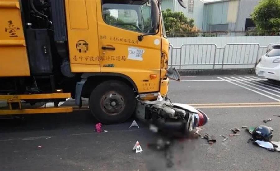 中市民營清潔公司的垃圾車張姓司機酒駕開垃圾車撞死80歲賴姓老婦,一審判刑3年8月。(民眾提供/陳淑芬台中傳真)