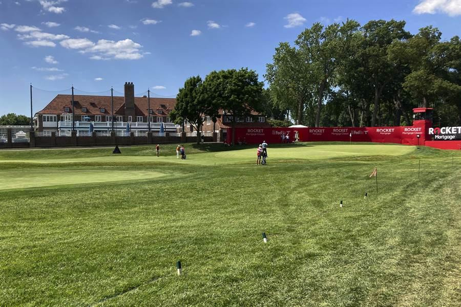 下周四開打的俄亥俄紀念高球賽,原本要開放觀眾進場,不過PGA表示為了大家健康,還是閉門比賽。(示意圖/美聯社資料照)