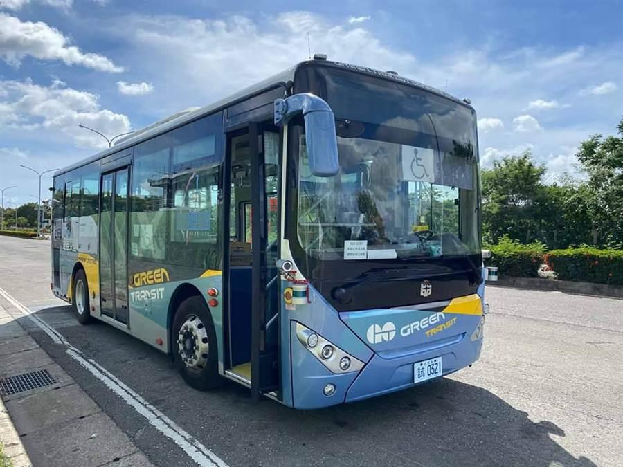 台南市自駕公車近期將完成上路測試前的整備。(交通局提供/洪榮志台南傳真)