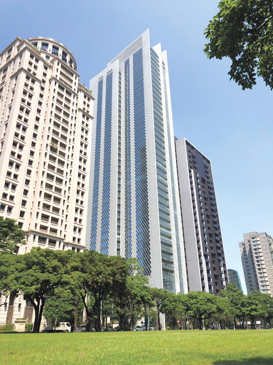 台中七期「大陸寶格」豪宅案,已成為企業主的頂級私人會所。圖/曾麗芳