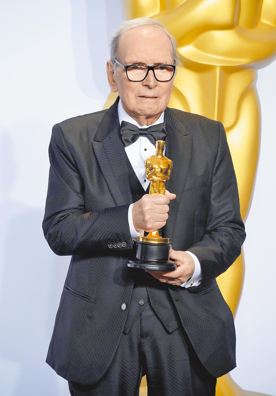 顏尼歐莫利克奈一生參與500多部電影,曾獲頒奧斯卡金像獎最佳原創音樂獎。(美聯社)