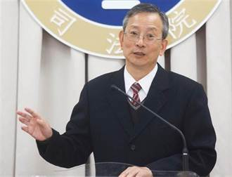 天堂不撤守:陳長文》致有心無力的蔡總統