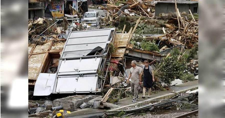 日本九州暴雨成灾。(图/路透社)
