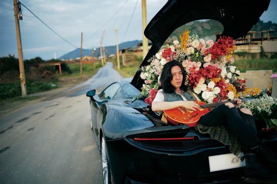 McLaren x 鬼才攝影師黃俊團跨界合作路途中 探索浪漫、未知與冒險