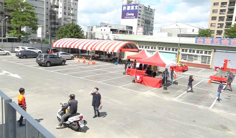 台中市大里東榮停車場,將闢建為地下一層、地上3層的立體停車場,8日舉行動土典禮。(黃國峰攝)