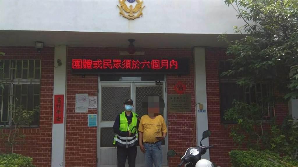 余男遺失價值2萬多元的新手機,幸運被警方尋回。(通霄警分局提供/巫靜婷苗栗傳真)