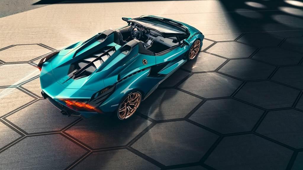 Lamborghini Sián Roadster亮相!零百加速僅慢0.1秒