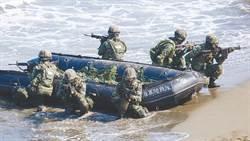 影》漢光預演取消突擊艇!AAV7兩棲突擊車搶灘登陸