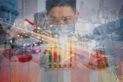 國際觀察:楊艾俐》生技產業裡的魔鬼