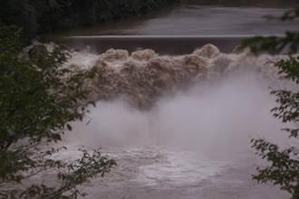 爆雨猛炸九州!釀62人死17人失蹤 鋒面滯留恐下到10日