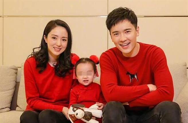 高雲翔、董璇去年離婚。(圖/翻攝自微博)