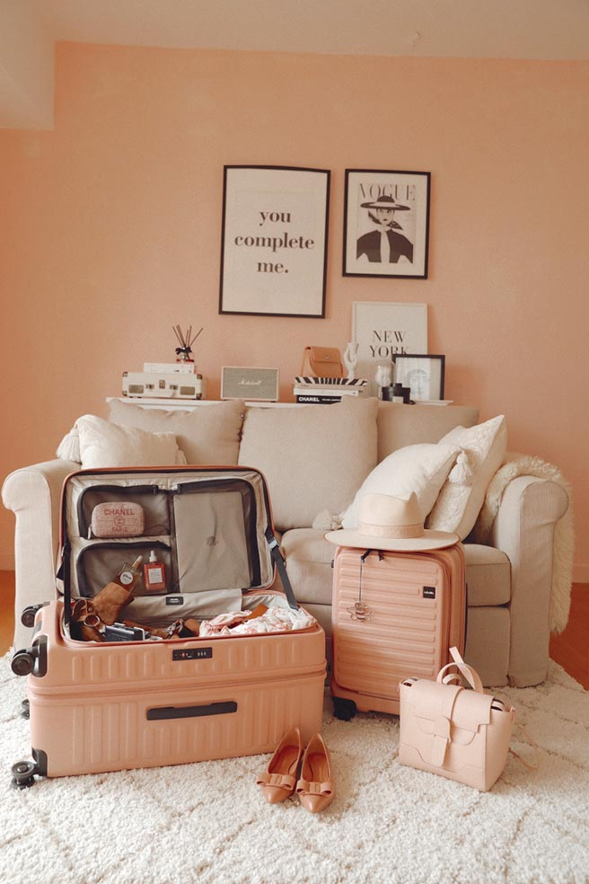 LOJEL推90度前開式Cubo系列行李箱。圖/業者提供