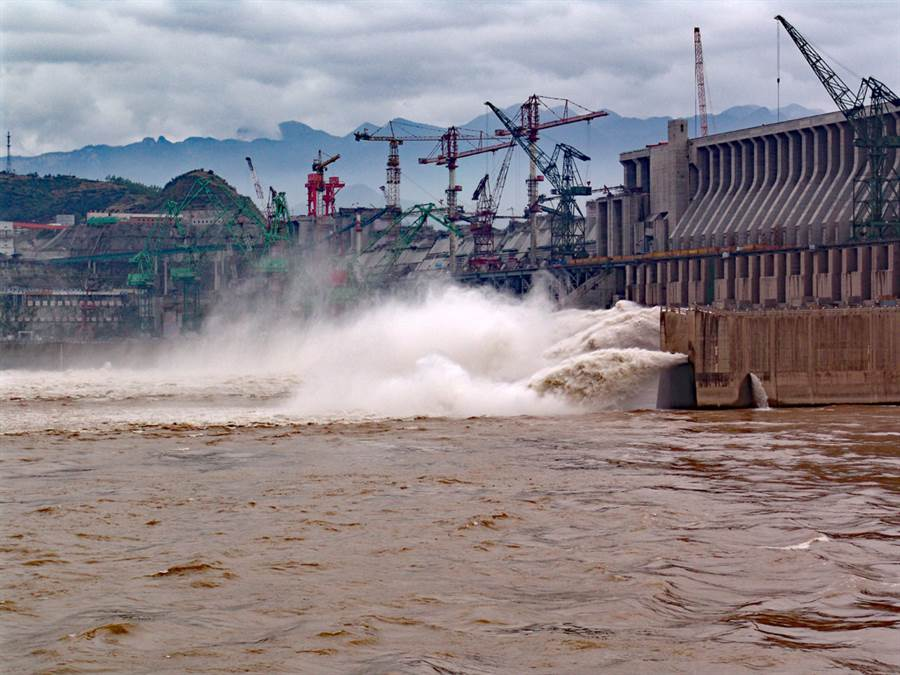 大陸華南暴雨下在台北恐淪為水城?眾人答案一面倒(長江三峽大壩示意圖/達志影像)