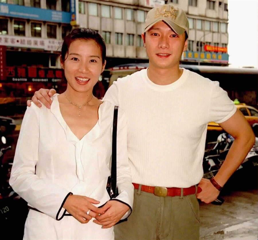 岳翎和謝祖武曾是戀人。(圖/中時資料照)