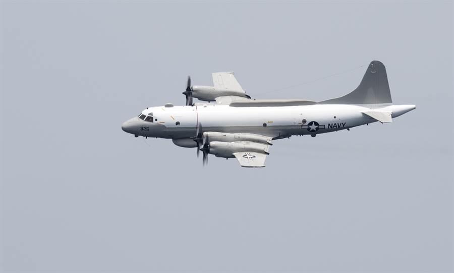 美軍連續3天派遣電子偵察機抵近廣東偵察,不僅是政治作秀,還為了獲取共軍電磁頻譜信號。圖為美國海軍EP-3E電子偵察機。(圖/美國海軍)