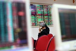 股市泡沫恐破裂?老謝:最投機的錢都在生技股衝浪