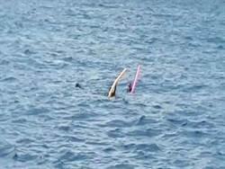 直擊驚險救援畫面 3名潛客體力不支沉浮海面幸運獲救