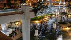台南人都在這躲太陽 藏地下道水泥小島戲水池