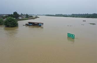 水災不斷!長江中下游「淡水湖破歷史水位」 官方坦言:如臨大敵
