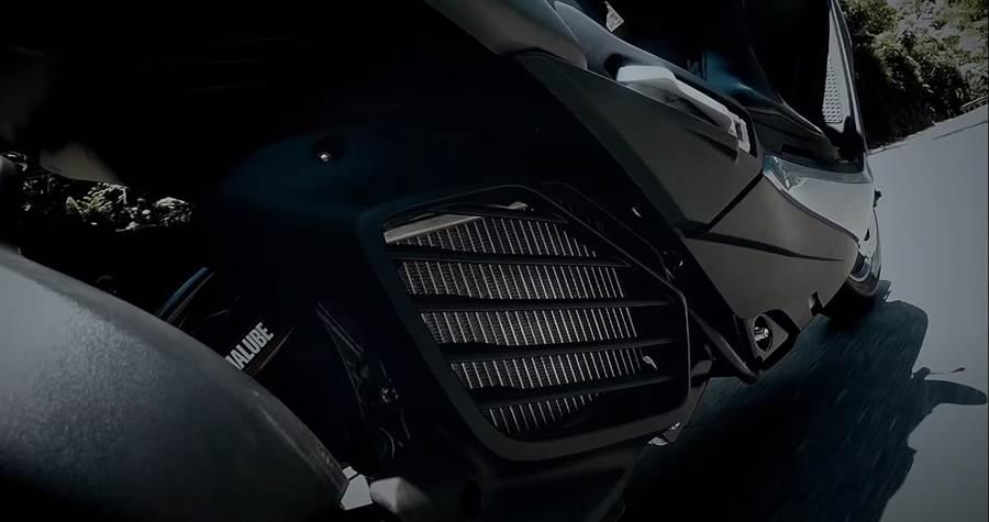 由水冷排推測,勁戰六代將改為水冷Blue Core引擎。