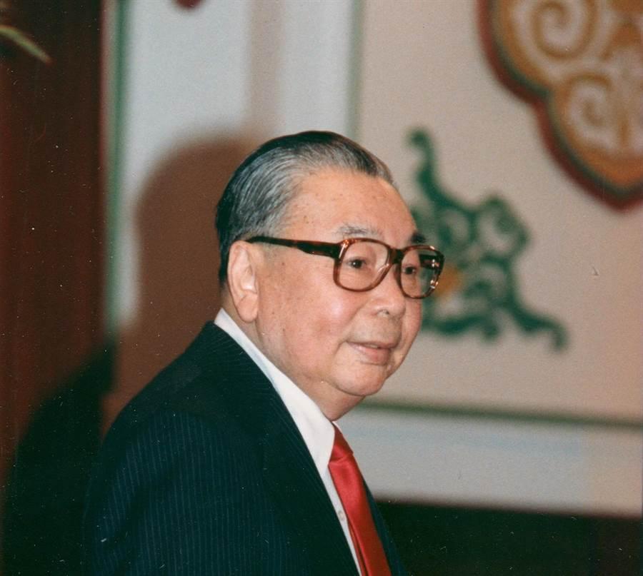1984年01月01日/蔣經國故總統出席民國73年元旦團拜。(圖/本報資料照)