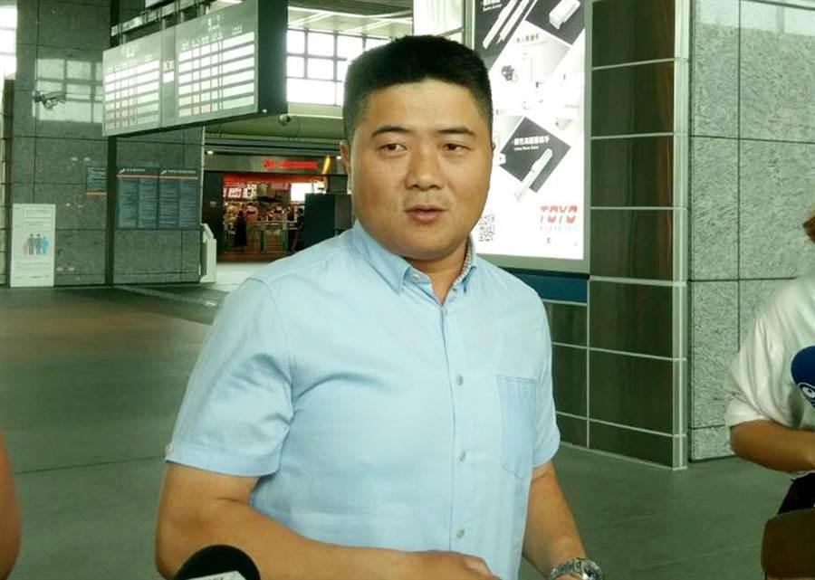 朱學恒PO文補刀王浩宇,顏寬恒現身留下1字 (圖/資料照、黃國峰攝)