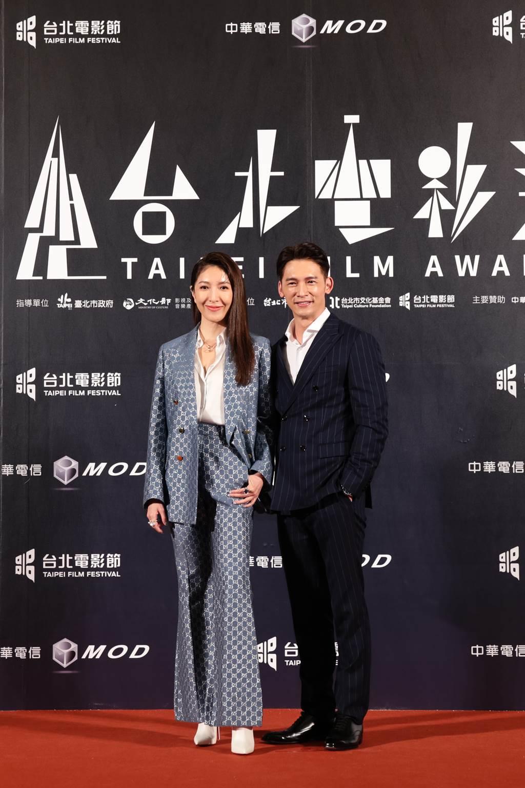 頒獎人楊謹華與溫昇豪。(台北電影節提供)
