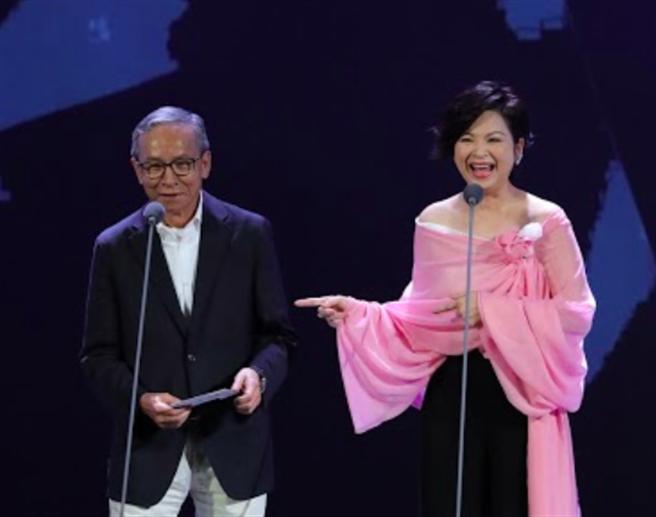 吳念真(左)、楊貴媚妙語如珠。(台北電影獎提供)