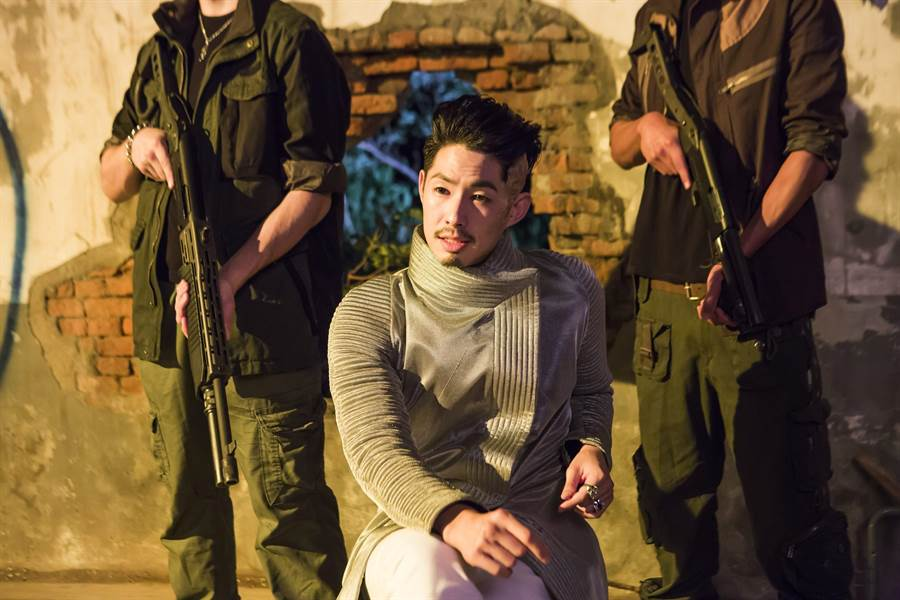 吳建豪在片中飾演反派大魔王居爾。(傳影提供)