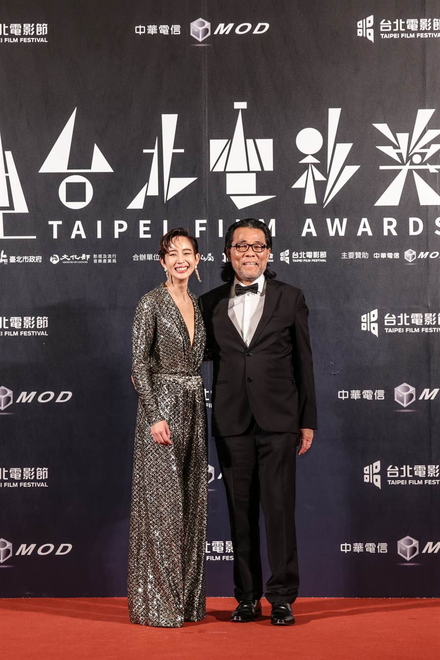 張鈞甯與台北電影節主席李屏賓。(台北電影節提供)