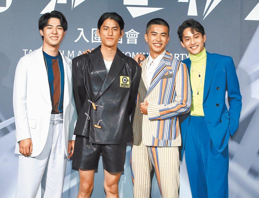 陳昊森(左起)、朱軒洋、曾敬驊、范少勳4位鮮肉感情好。(粘耿豪攝)
