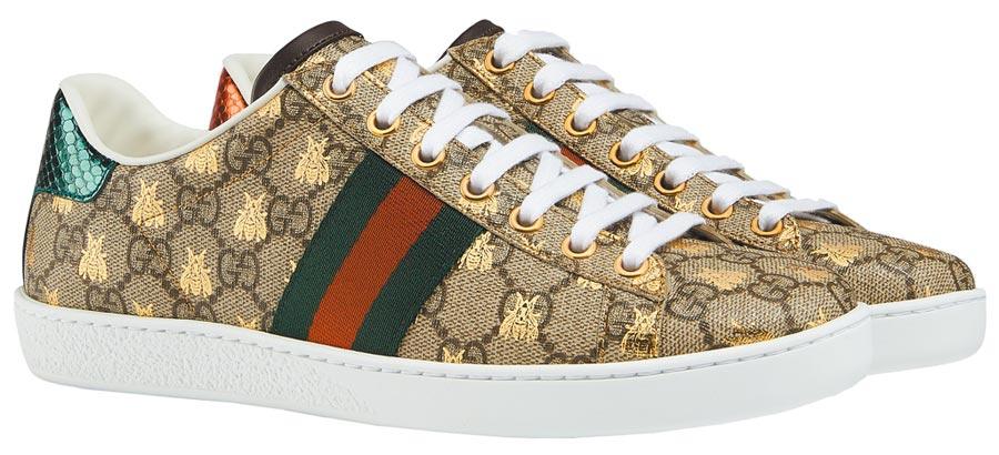 GUCCI Ace系列蜜蜂印花運動鞋2萬3500元。(GUCCI提供)