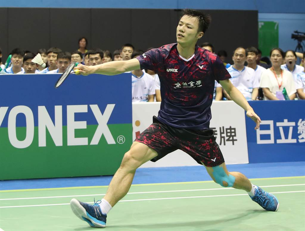 王子維(見圖)在豐田泰國羽球公開賽晉級男單八強,將和周天成爭四強。(資料照/鄭任南攝)