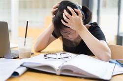 11歲女童寫作業喊頭痛趴桌 「暴斃已長屍斑」爸媽崩潰求救