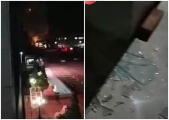 遼寧工廠爆炸「夜空瞬間炸亮」傷者無助躺地 網驚:聞到硫化氫