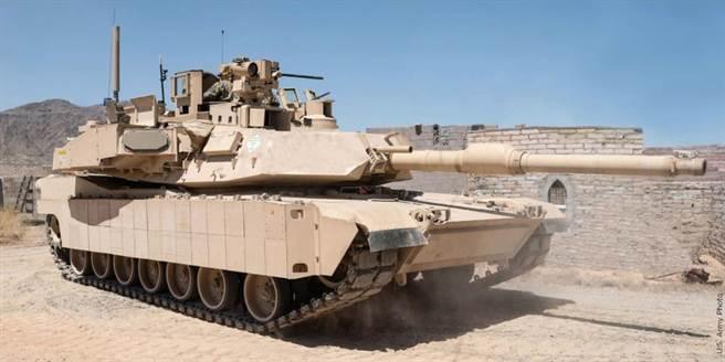 加裝戰利品的M1A2戰車。(圖/美國陸軍)