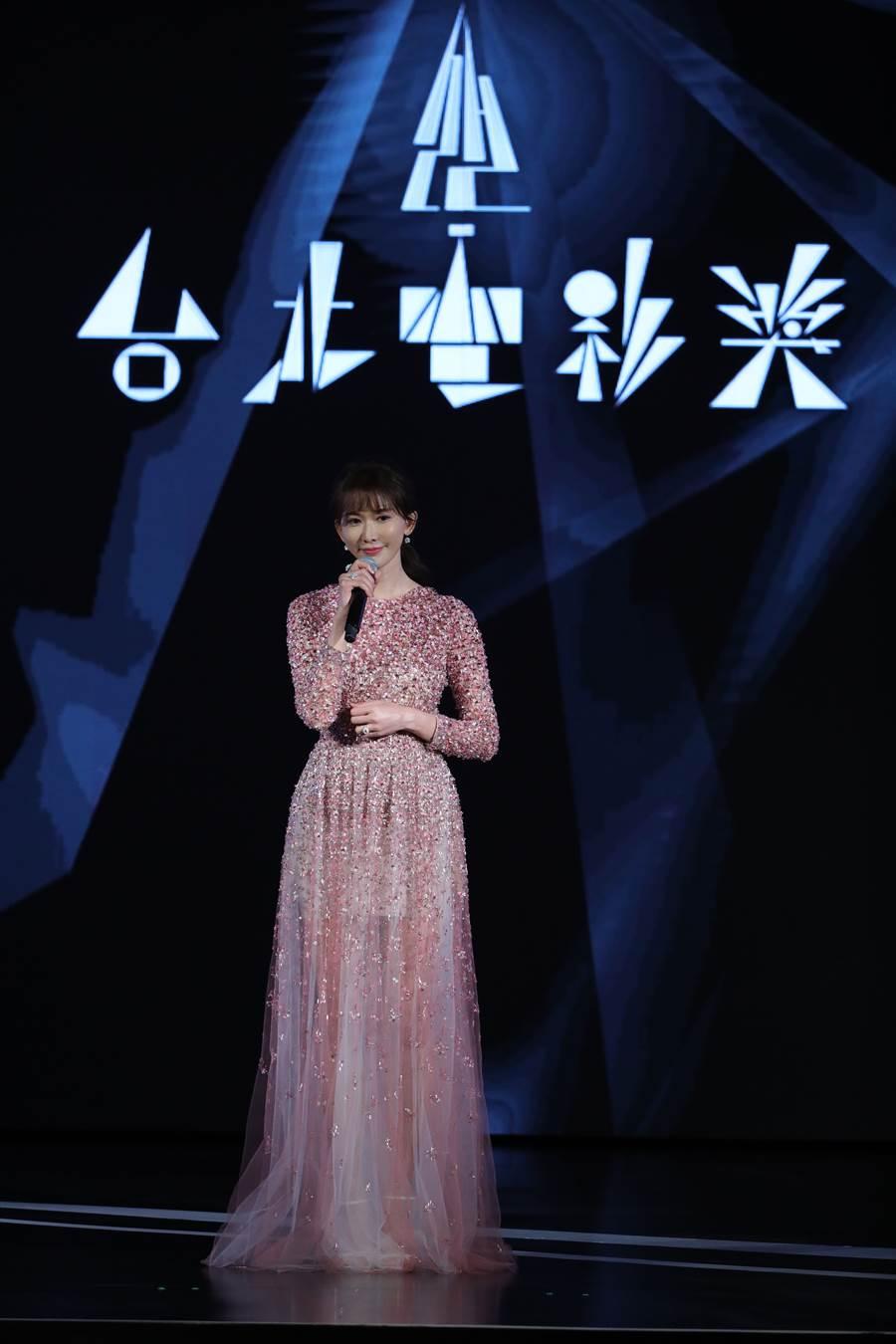 林志玲一襲粉色薄紗禮服現身。(圖/台北電影節提供)