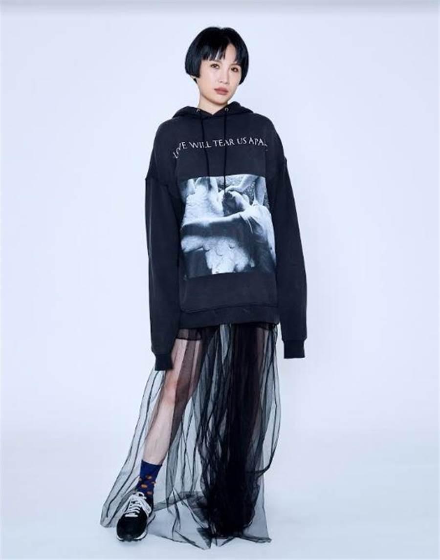 魏如萱睽違3年新專輯《藏著並不等於遺忘》雙料獲獎。(好多音樂提供)