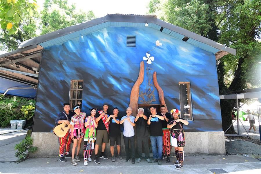 鐵花村10年來在台東綻放美麗的音樂花朵,已成為東部最重要的音樂聚落。(莊哲權攝)