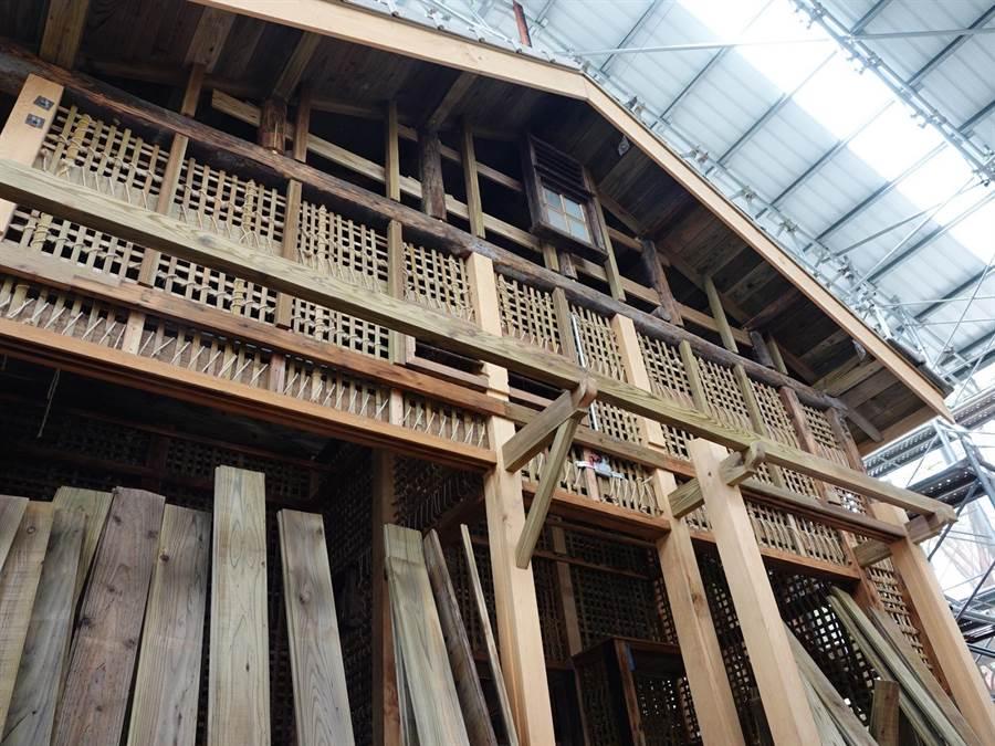 台中市歷史建築「潭子國小日式校舍」進行修復工程。(台中市文化局提供/陳淑芬台中傳真)