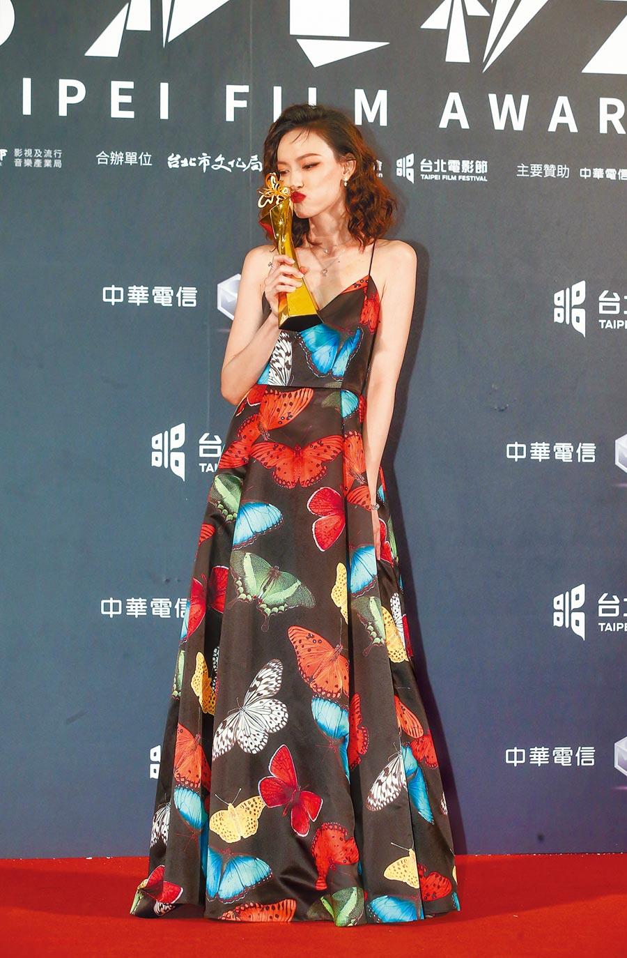 姚以緹首次演喜劇《江湖無難事》,拿下北影最佳女配角獎。(影視攝影組攝)