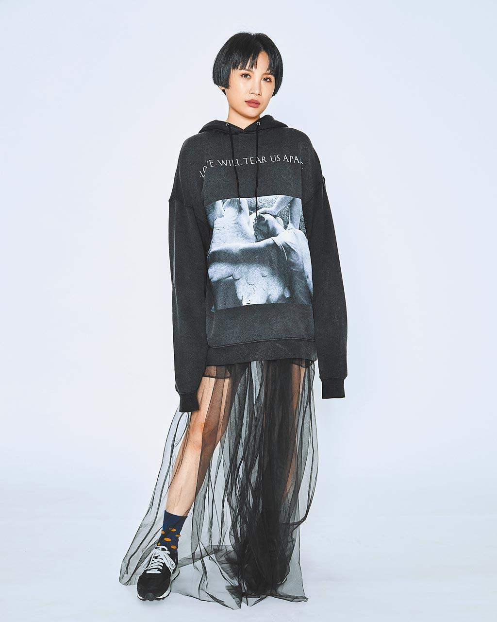 魏如萱暌違3年新專輯《藏著並不等於遺忘》雙料獲獎。(好多音樂提供)