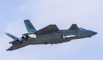 推力向量控制上身 殲-20戰機改良成熟 陸正式量產 2年內換自製心